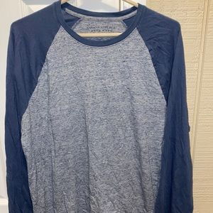 Banana republic long sleeve baseball tee